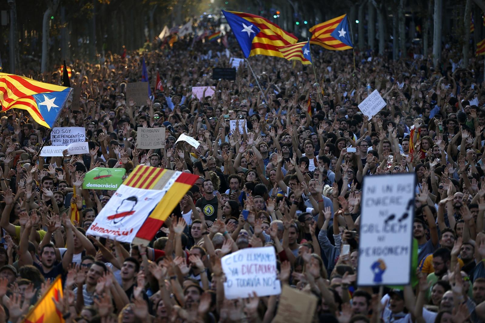 Mariano Rajoy lanza un ultimátum a Puigdemont para