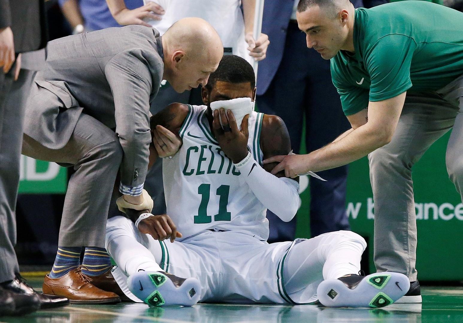 Irving sufre fractura en hueso de la cara