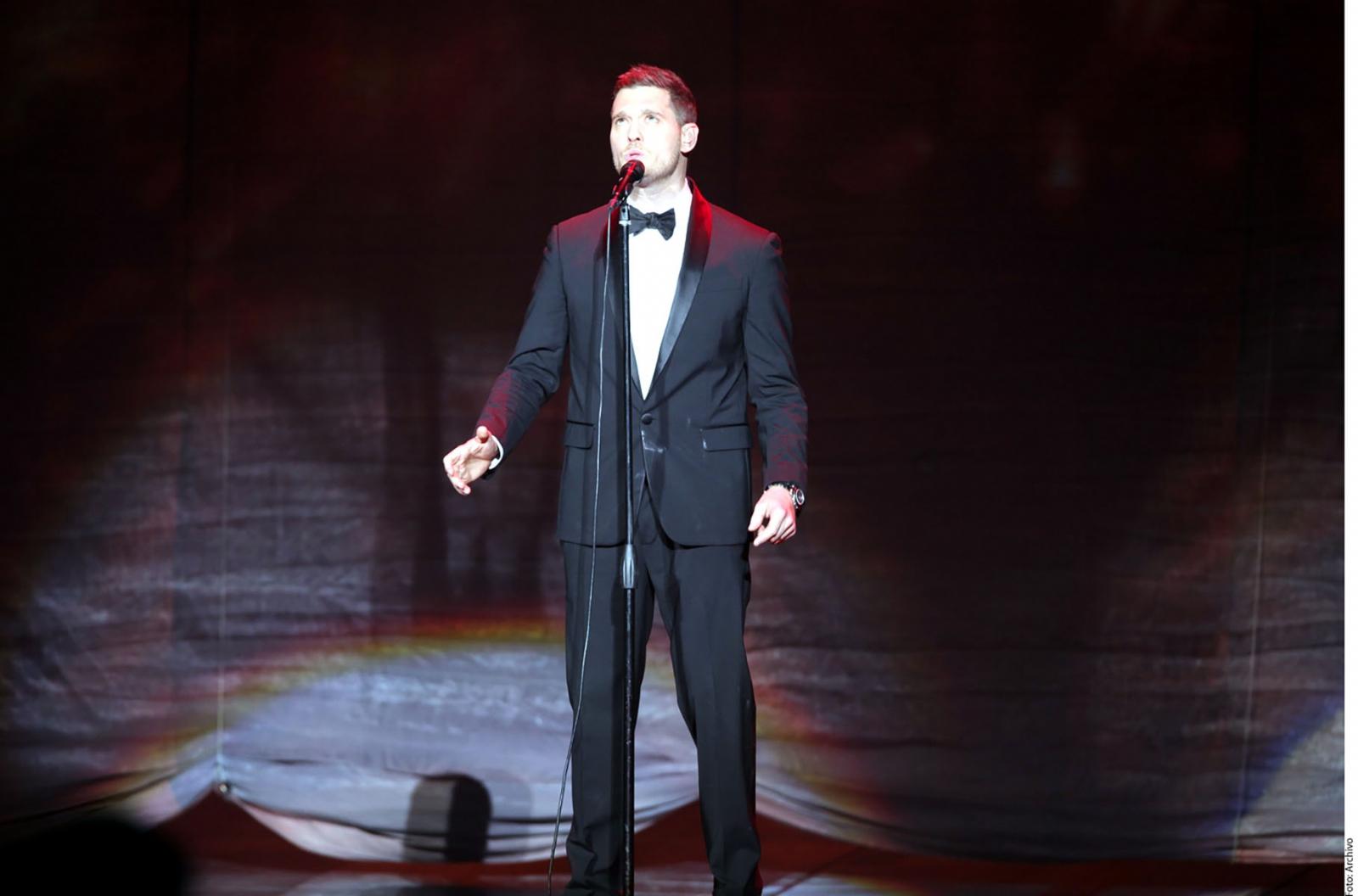 Michael Bublé anunció que en 2018 volverá a los escenarios