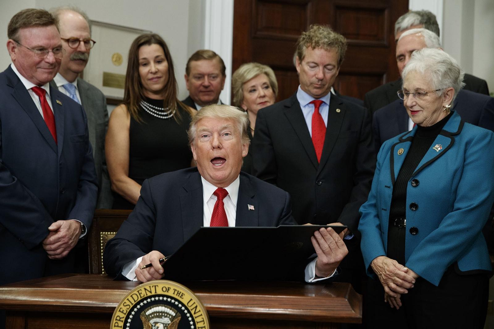 Cámara de Representantes de EEUU aprueba iniciativa fiscal revisada