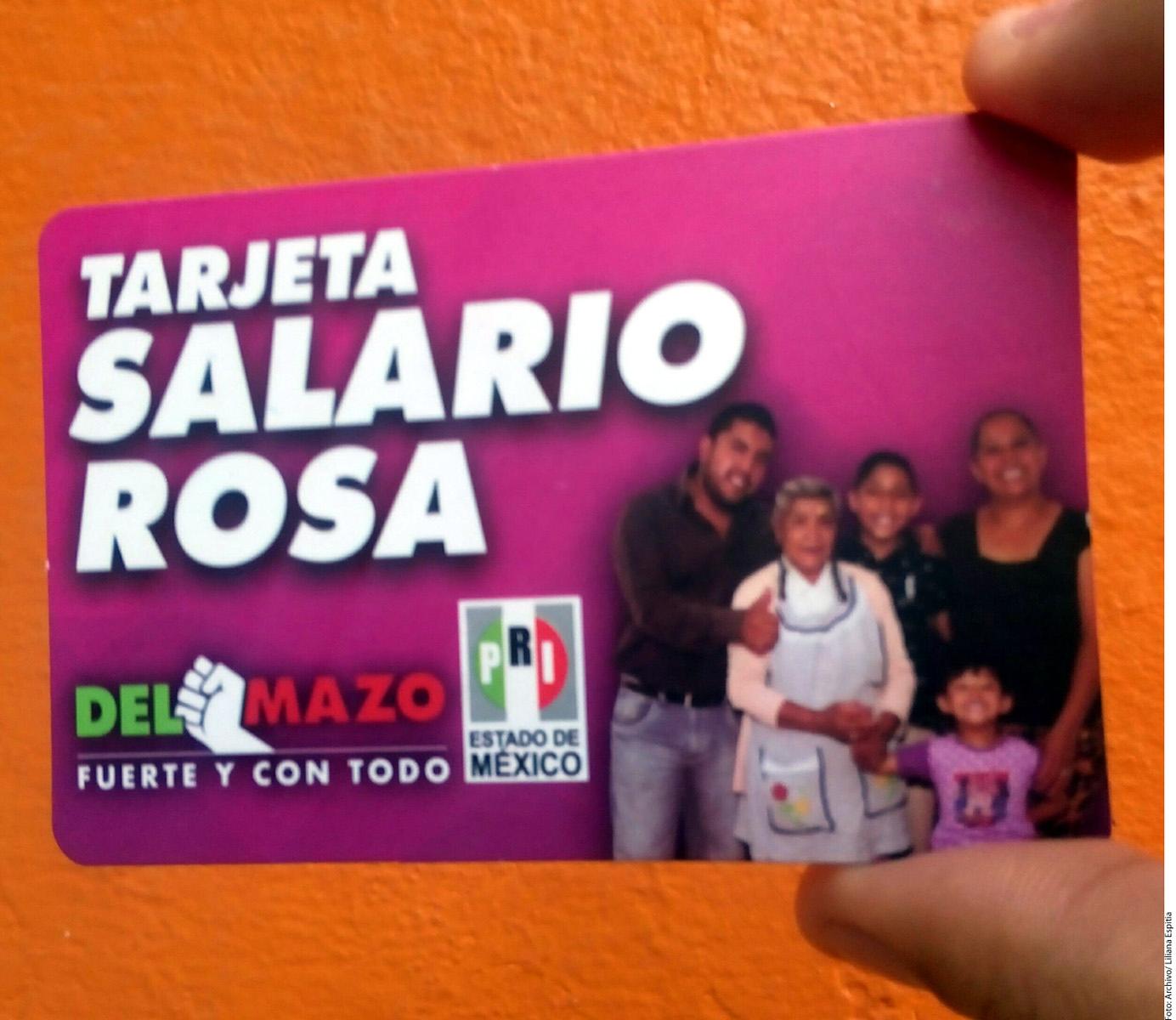 9b832f77a930d Alertan en el INE reparto de tarjetas - El Vigía