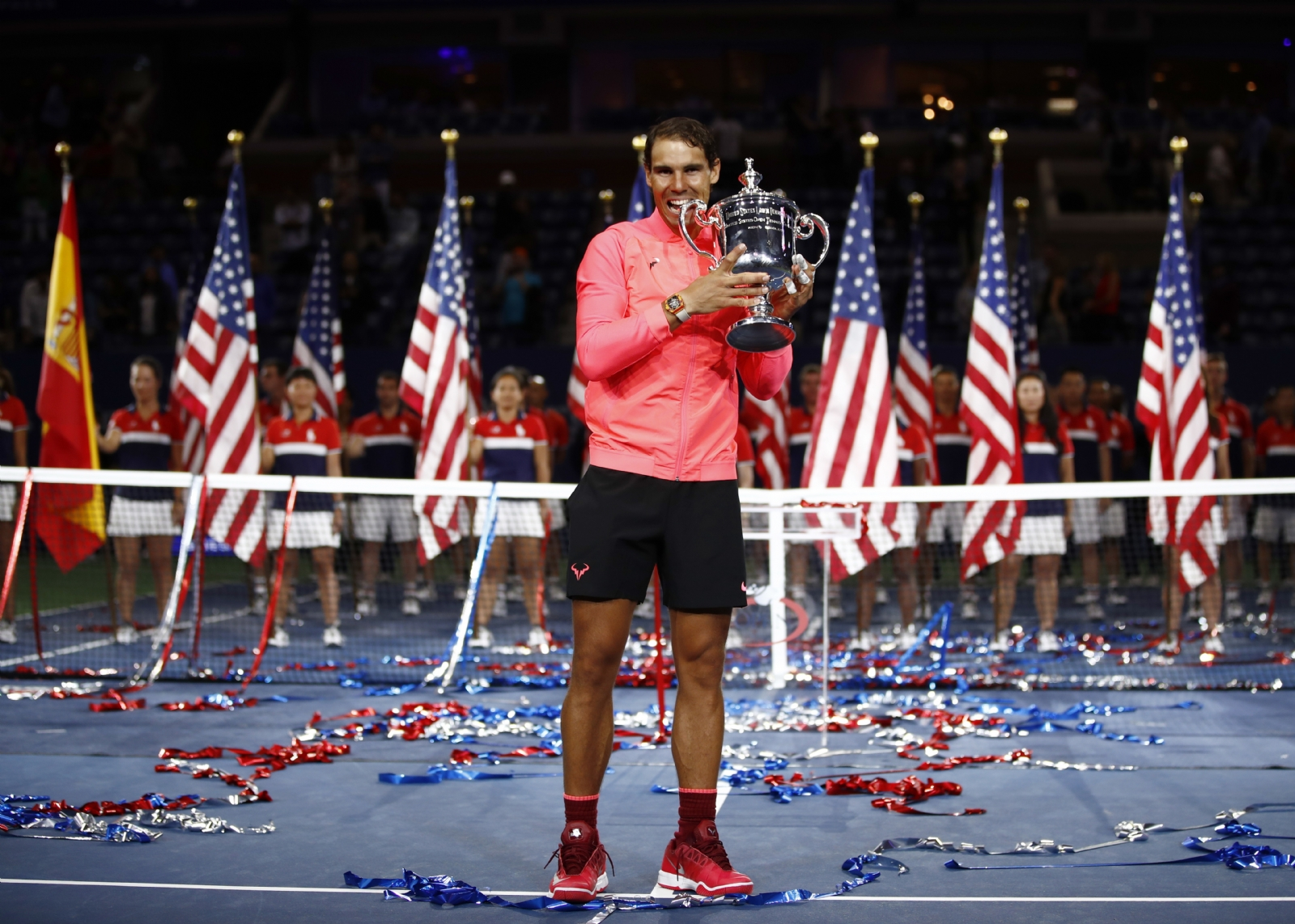Nadal arrasa a Del Potro y va por otro Grand Slam