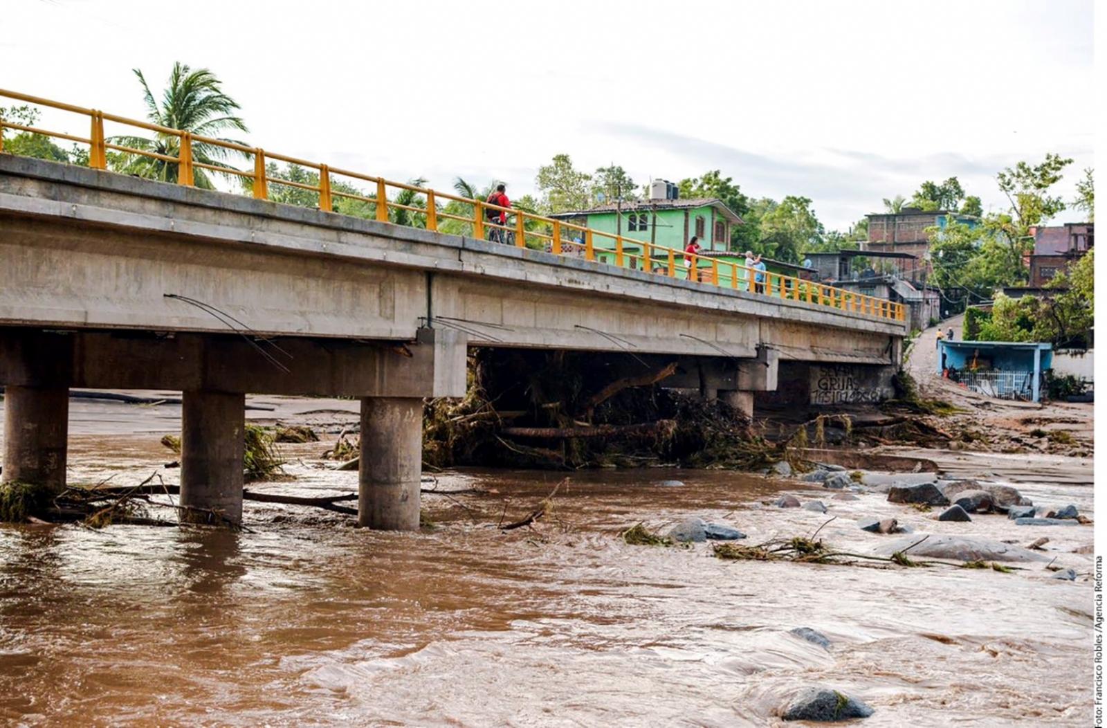 Evalúan zonas de Guerrero por paso de Max