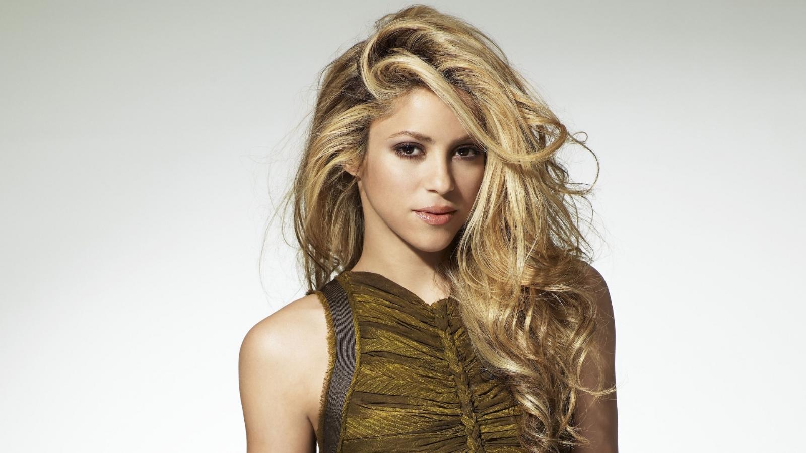 Rechaza Shakira operación
