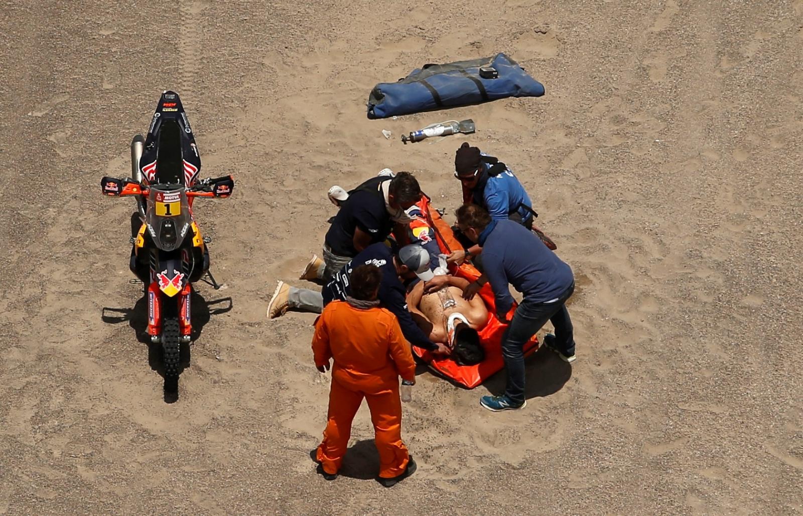 Era candidato: Sebastian Loeb abandonó el Dakar
