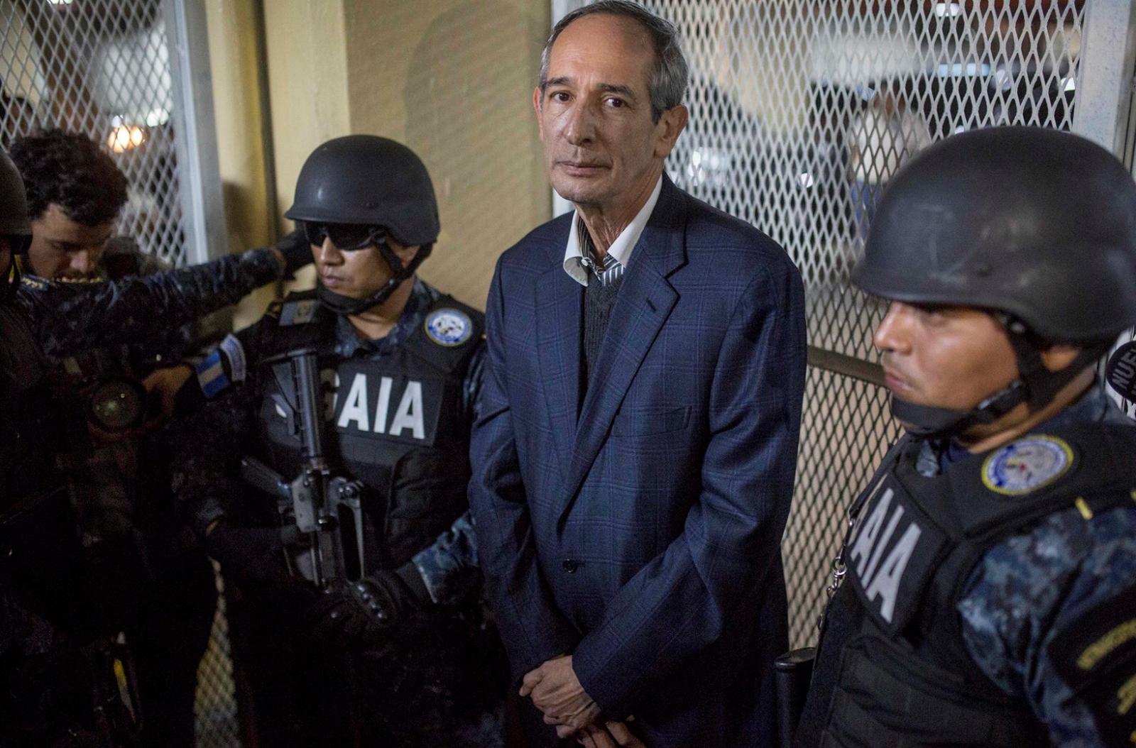 El expresidente Guatemala Álvaro Colom fue arrestado por corrupción