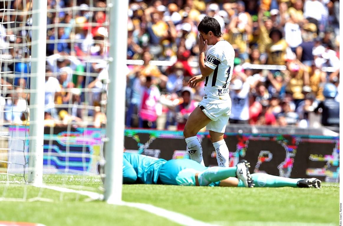 Pumas perdió ante Toluca con autogol de Marcelo Díaz
