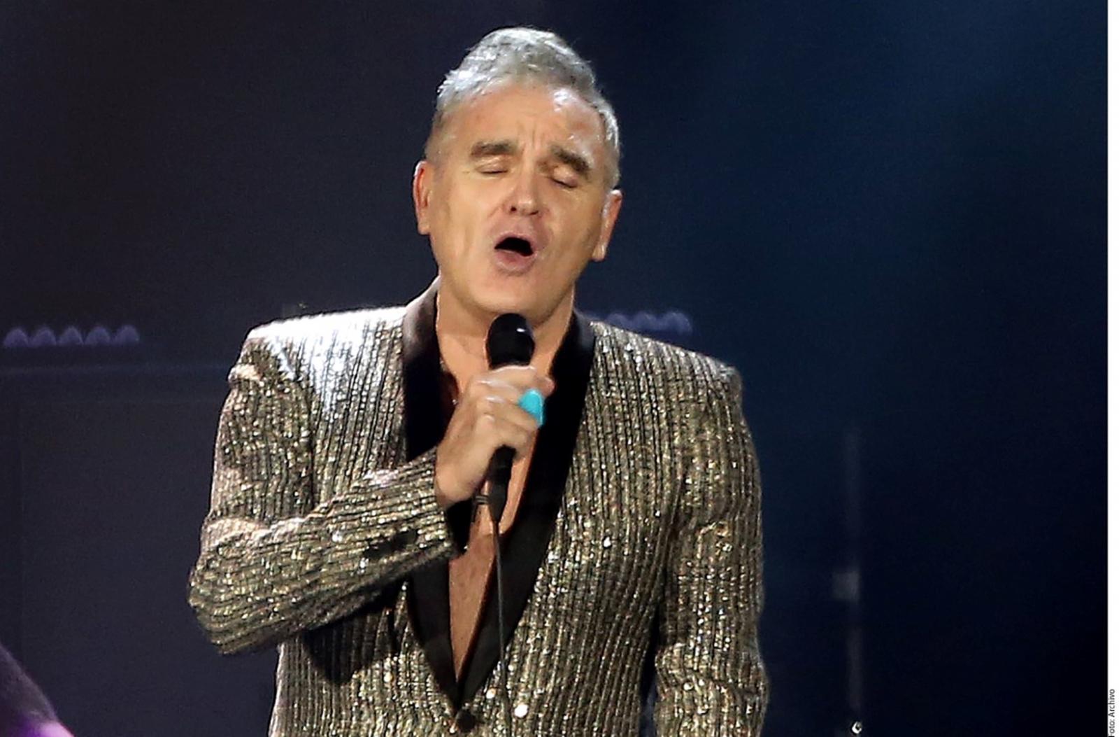 Fans 'enloquecen' con show de Morrissey en TV