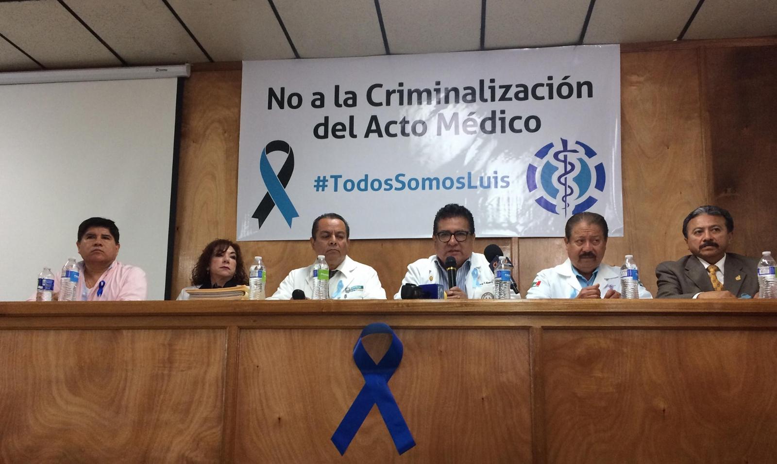 Pese a liberación de médico, paran labores hospitales de Oaxaca