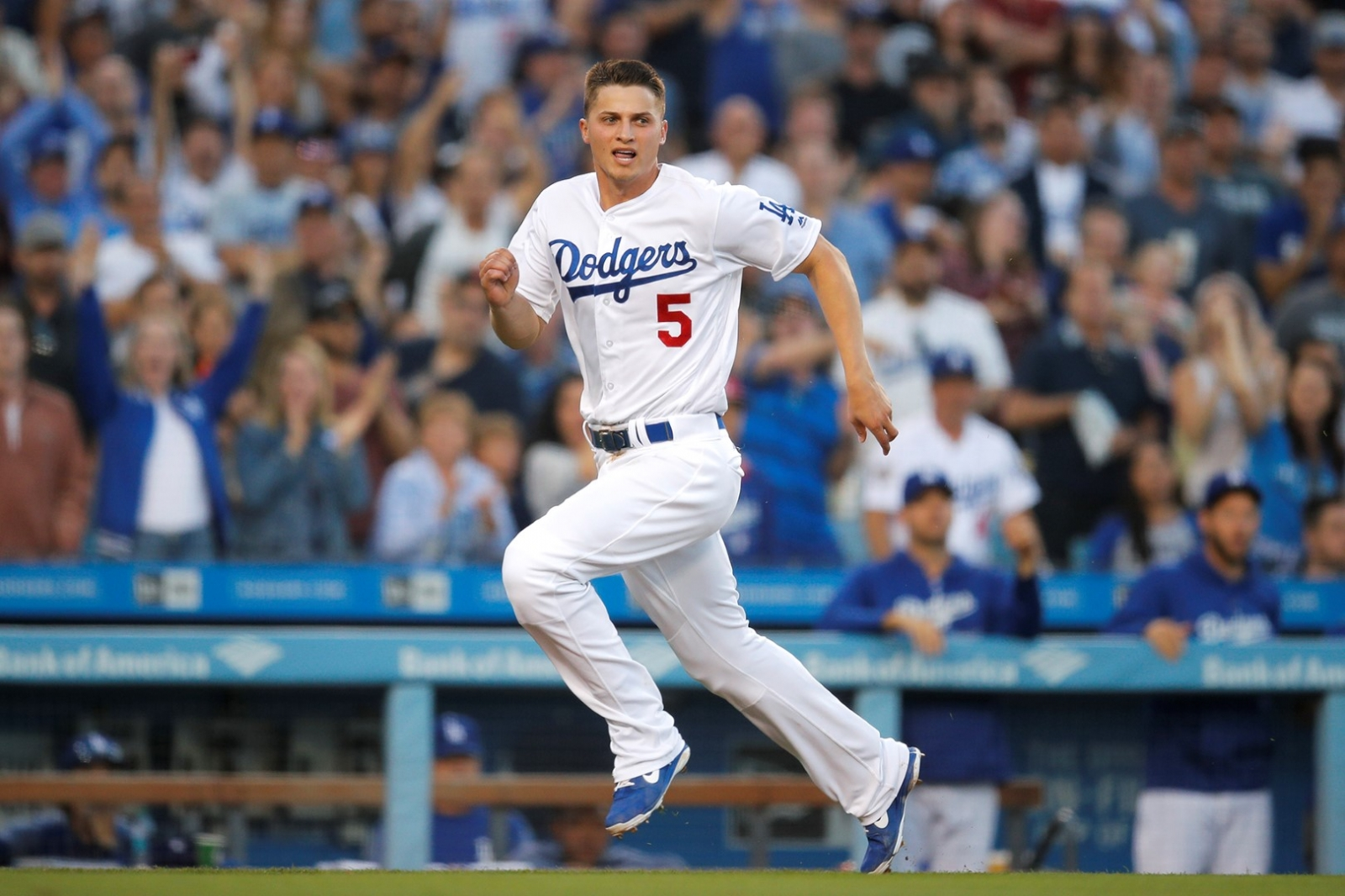 Breyvic Valera recibió el llamado de los Dodgers