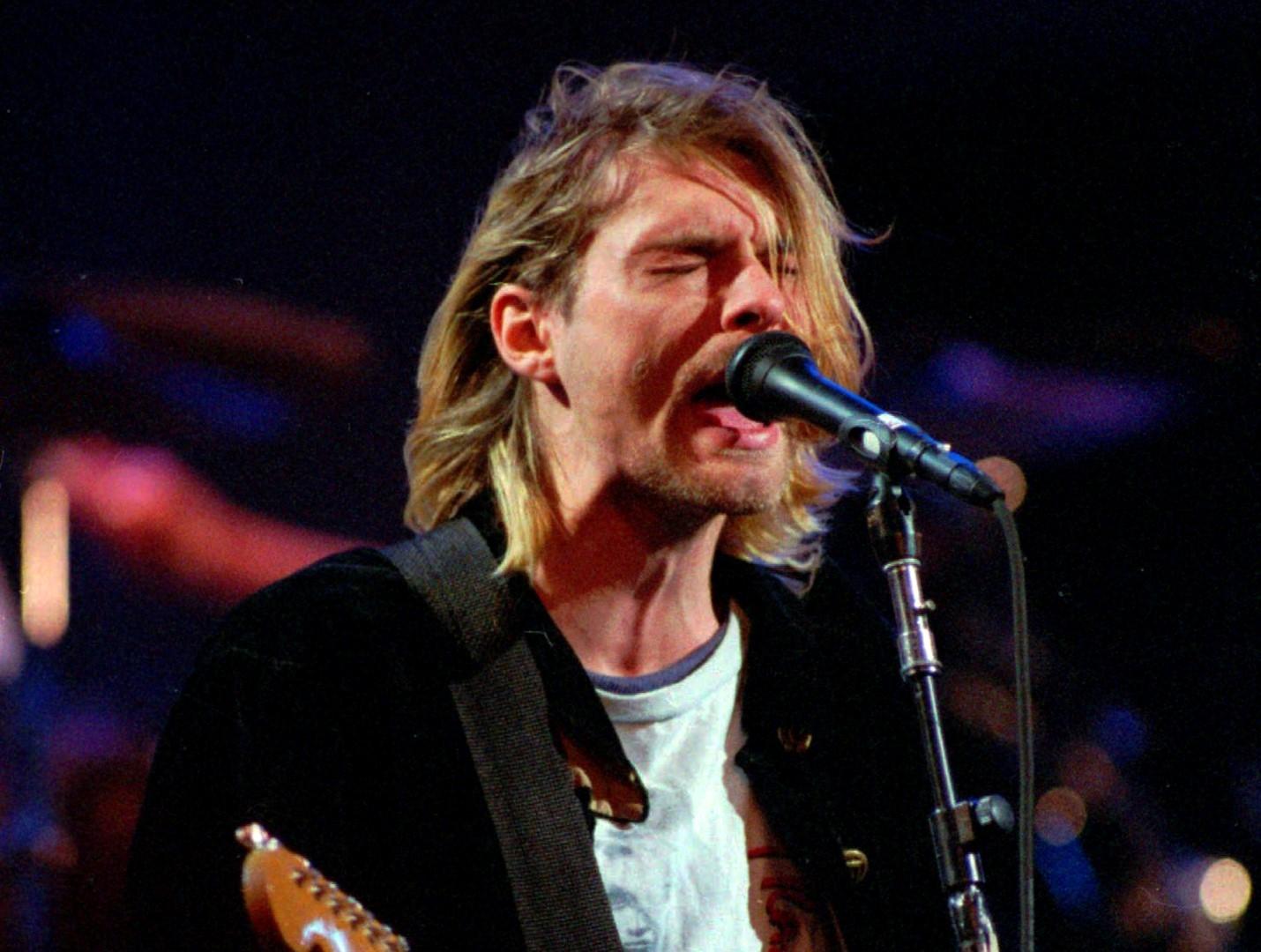 Se busca: Guitarra que usó Kurt Cobain en MTV Unplugged está perdida