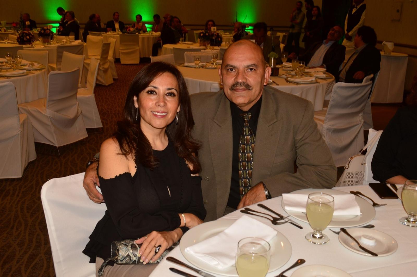 Felicidades also Ver articulo likewise Cartel De Jurez moreover Evento as well Estilo Reservado Fiesta Privada En. on oscar flores olivas