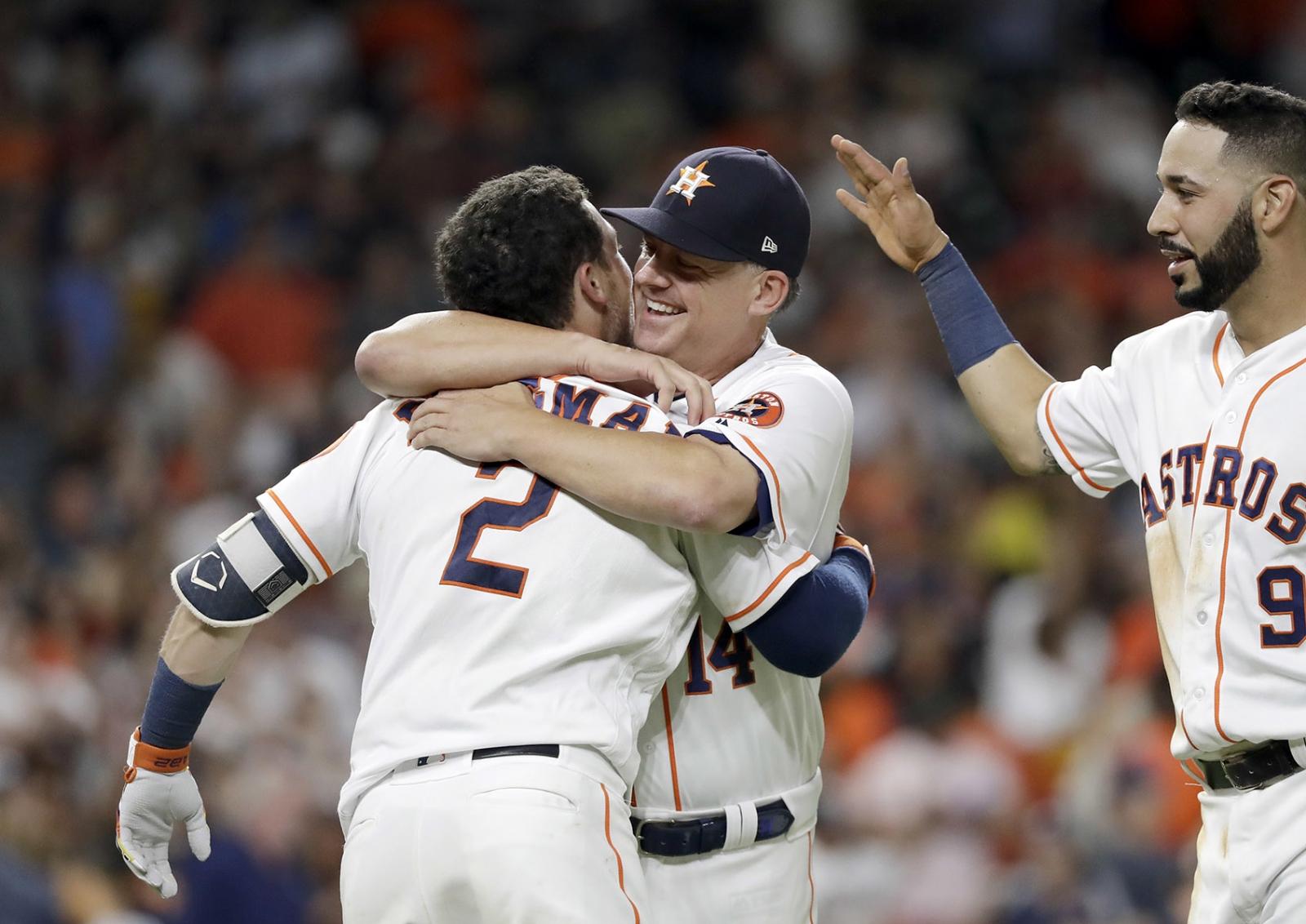 Los Astros empatan el récord de victorias seguidas de la franquicia — TREMENDO