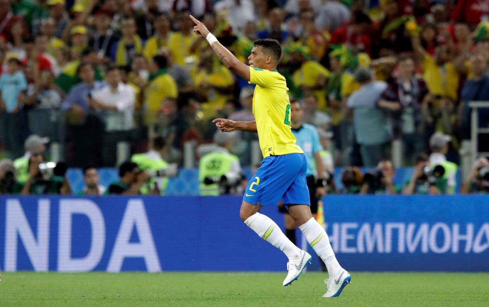 Brasil avanzó a Octavos con una victoria ante Serbia