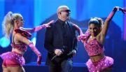 Pitbull repetir� como anfitri�n de los American Music Awards