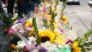 Permiten a 40 vender flores y alimentos