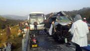 Mueren cinco en accidente carretero