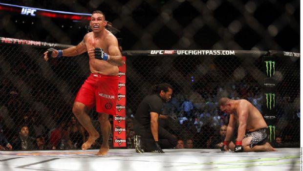 Caín Velásquez, fuera de pelea por el título de la UFC