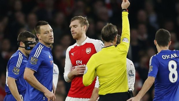 Tumba Chelsea al Arsenal en el Emirates