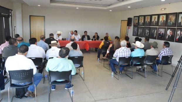 Sostienen delegados encuentro con titular de Servicios Públicos e Infraestructura