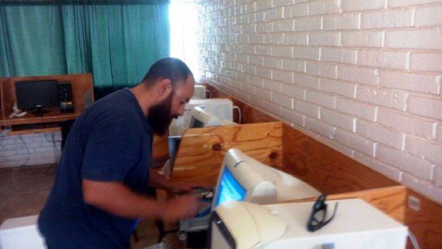 Reciben en Isla de Cedros atención de autoridades educativas y brigadas de soporte técnico