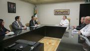 Se reúne gobernador Francisco Vega con directivo del Banco de Desarrollo de América del Norte