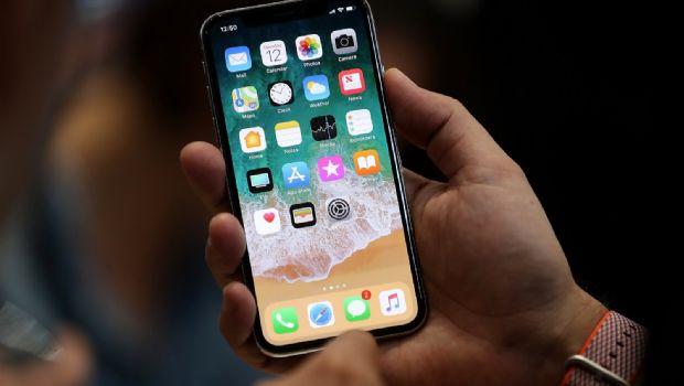 Preventa del iPhone X inicia el viernes