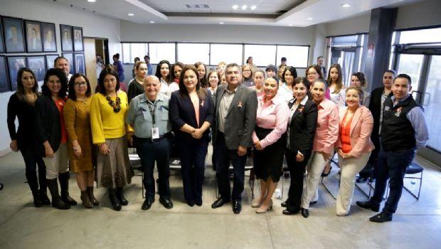 Impulsa Gobierno Municipal taller para prevenir violencia hacia la mujer