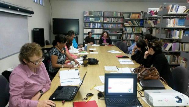 Imparte SEE talleres de profesionalización a docentes