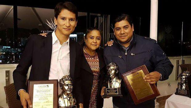 Reciben periodistas premio de Fapermex