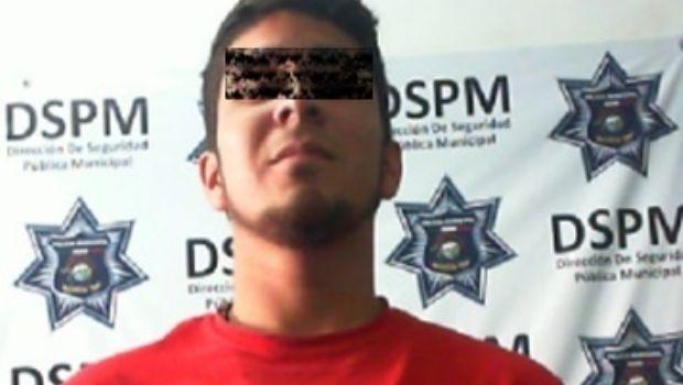 Recuperan Policías Municipales dos vehículos con reporte de robo