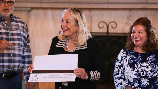 Apoyan vinícolas a fundación 'Alas'