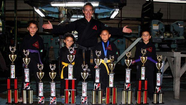 Son campeones de artes marciales