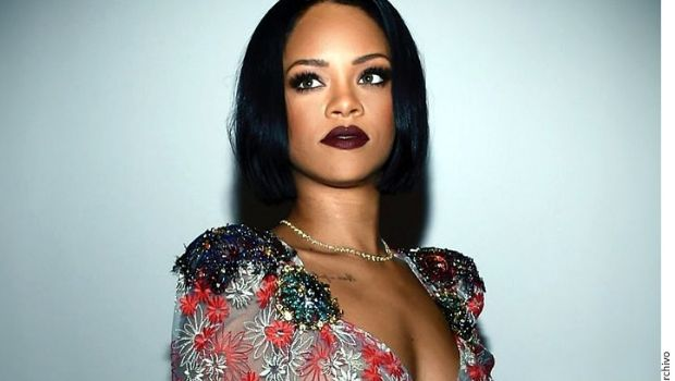 Rihanna arremete contra campañas de cosméticos