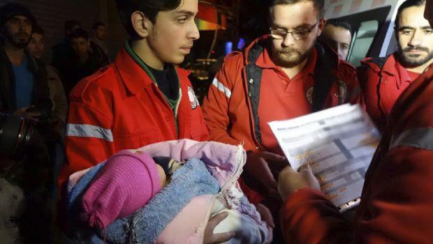 Sigue evacuación en Damasco de barrios rebeldes