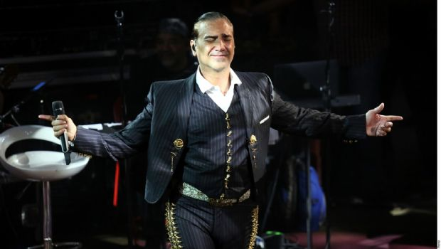 Alejandro Fernández retira demanda