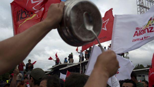 Protesta Honduras posible reelección
