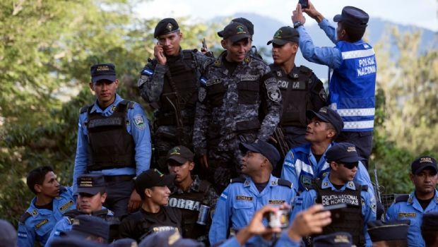 Se agrava tensión en Honduras por rebelión policial