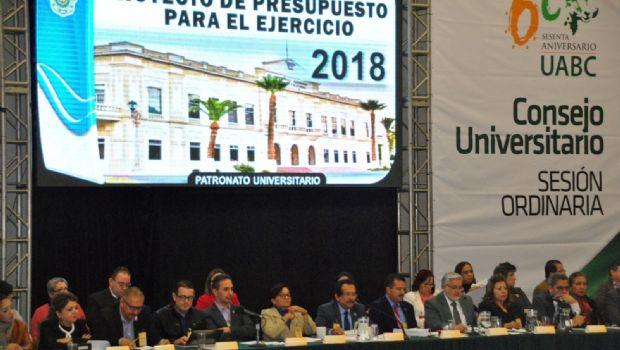 Avala UABC proyecto de presupuesto