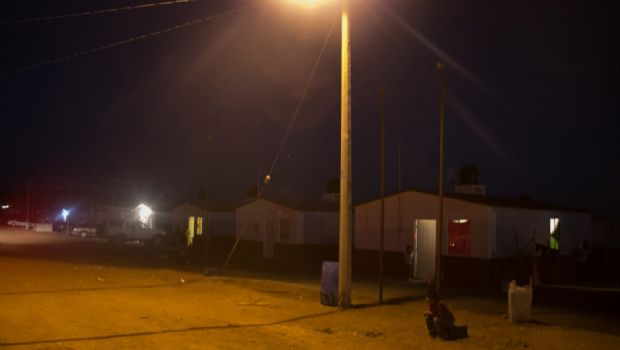 Instalan cerca de 30 lámparas  en colonias de Punta Colonet