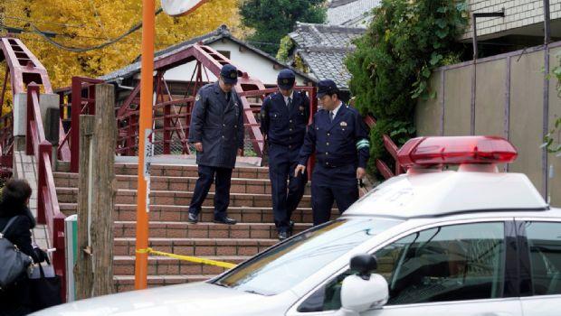 Deja muertos disputa  en templo en Tokio
