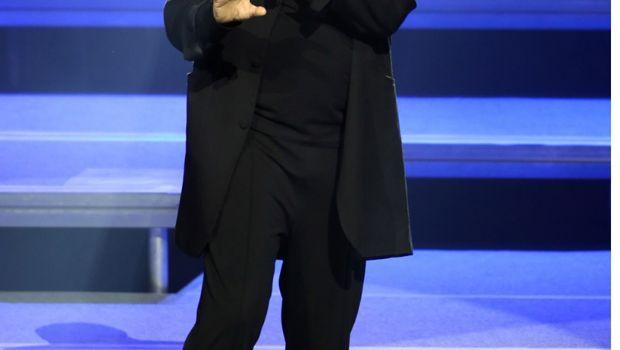 Miguel Bosé es reconocido