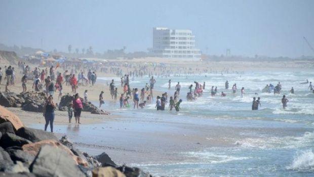 Cierran playas de Ensenada
