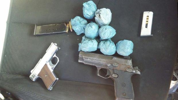 Detiene la Gendarmería a dos con armas y droga