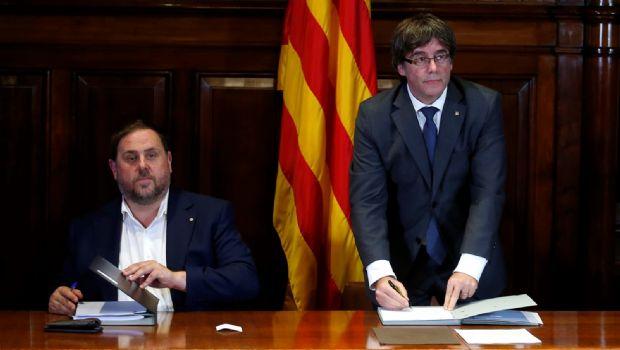 Imputarán a 712 alcaldes catalanes