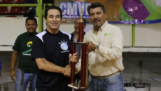 Inauguran torneo de voleibol