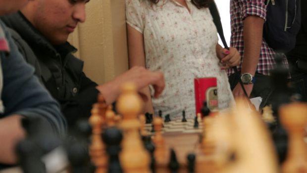 Organizan concurso de ajedrez entre siete escuelas secundarias