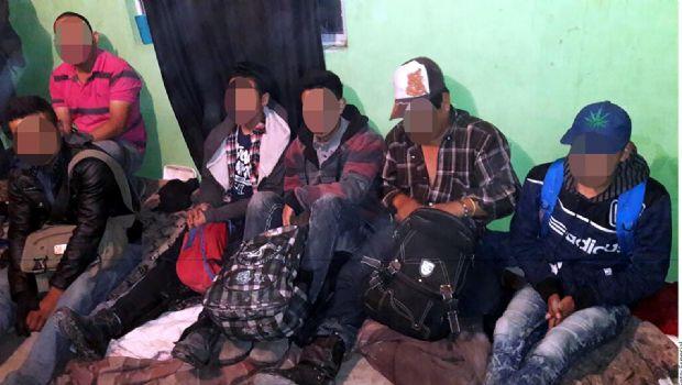 Asegura el INM a 167 migrantes