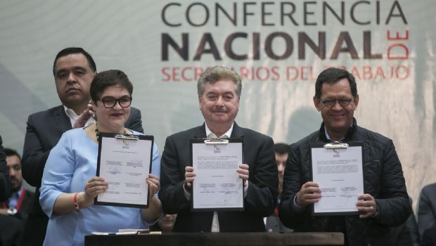 Inauguran gobernador Francisco Vega y Titular Federal del Trabajo, Roberto Campa, conferencia nacional en materia laboral