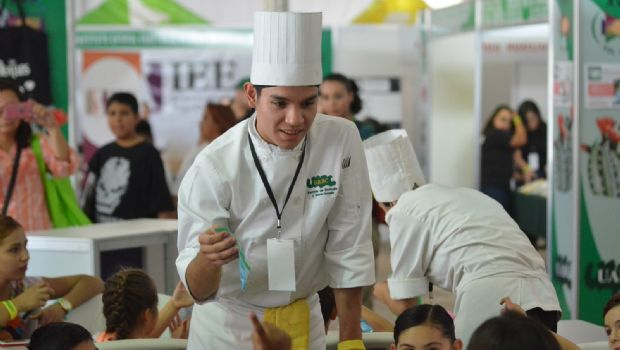 Cine y gastronomía en la FIL de UABC